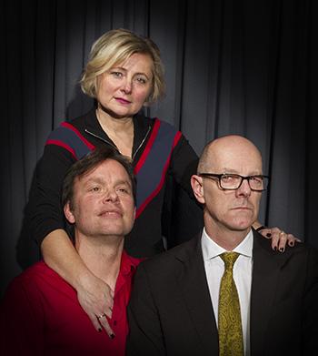 """""""Dreier"""" von Jens Roselt. Premiere in Duisburg am 5.5.2018. Theater Prima Plan in der Säule, Duisburg"""